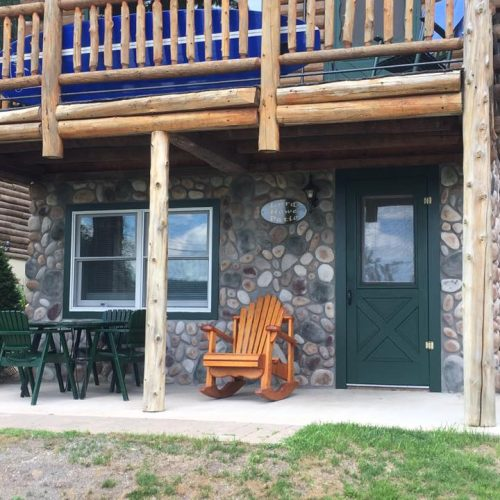 Lake George Log Cabins, Cottages & Accommodations